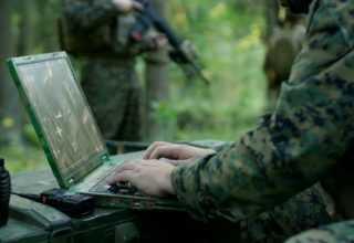 Gizli Verilerin Bulunduğu Alman Askeri Bilgisayarı Satıldı.
