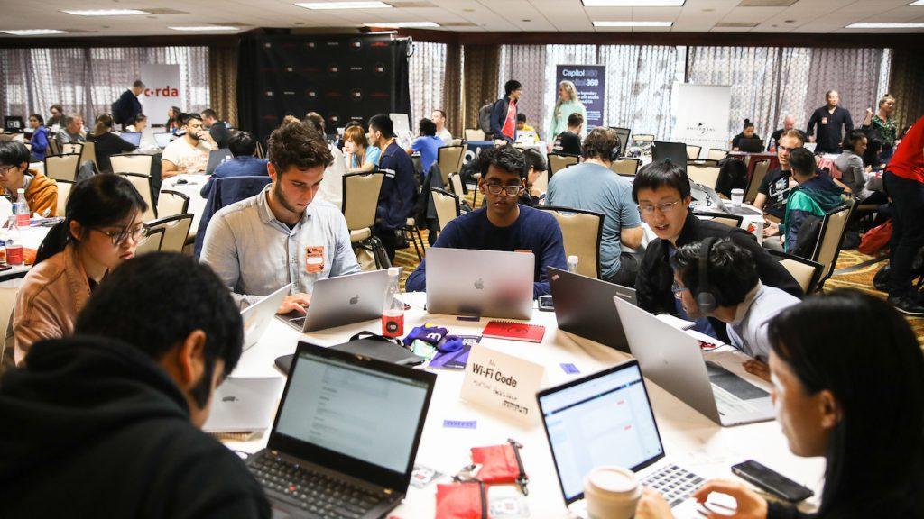 Ubuntu, Windows ve Chrome Çin'in En İyi Hackathon'unda Hacklendi