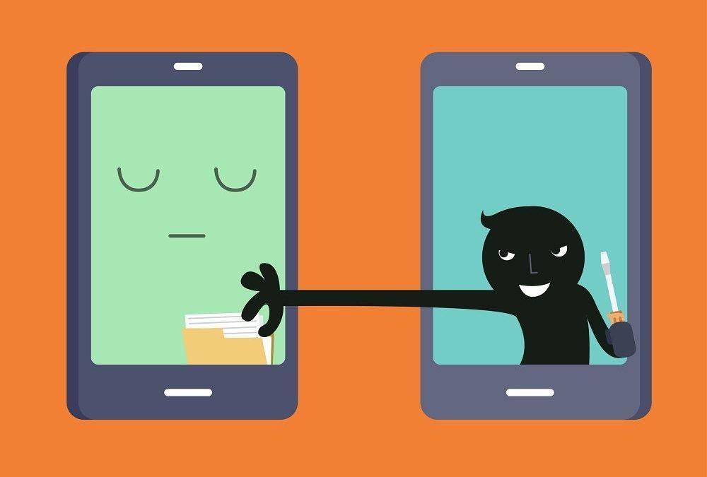 Siber Güvenlik Uzmanı, Hackerların Akıllı Telefonları Nasıl Ele Geçirdiğini Anlattı