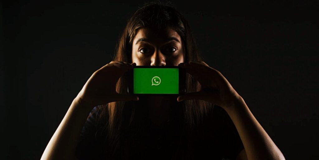 WhatsApp Verilerinizi Facebook ile paylaşın veya hesabınızı silin