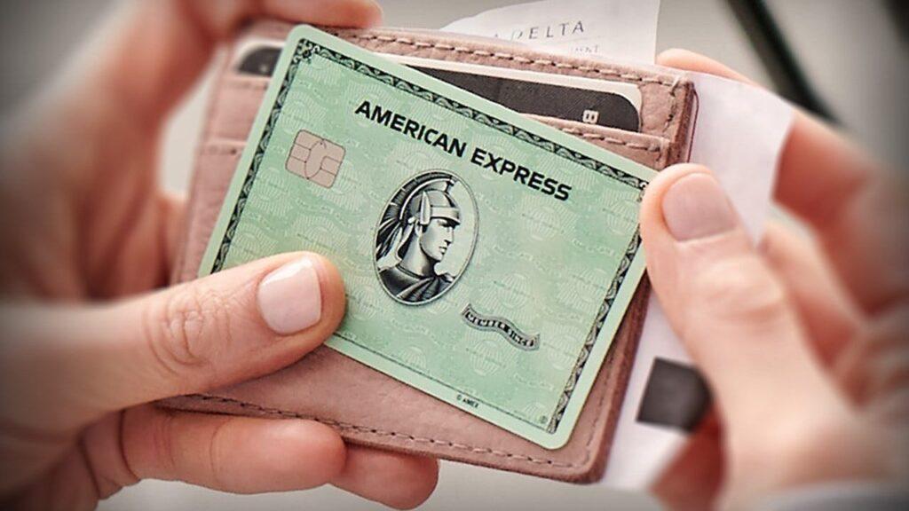 Hacker, 10.000 American Express Hesabının Verilerini Dağıttı