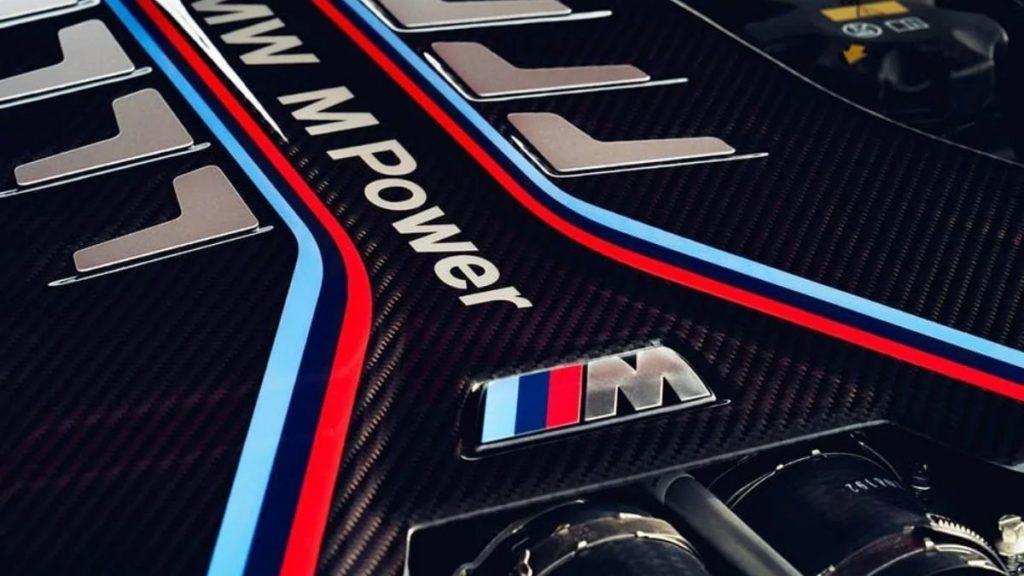 2022 BMW M5 CS performance engine 1024x576 1