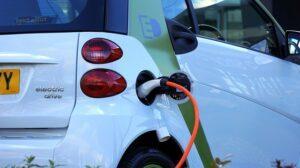 Elektrikli Araba Aküleri Nasıldır?