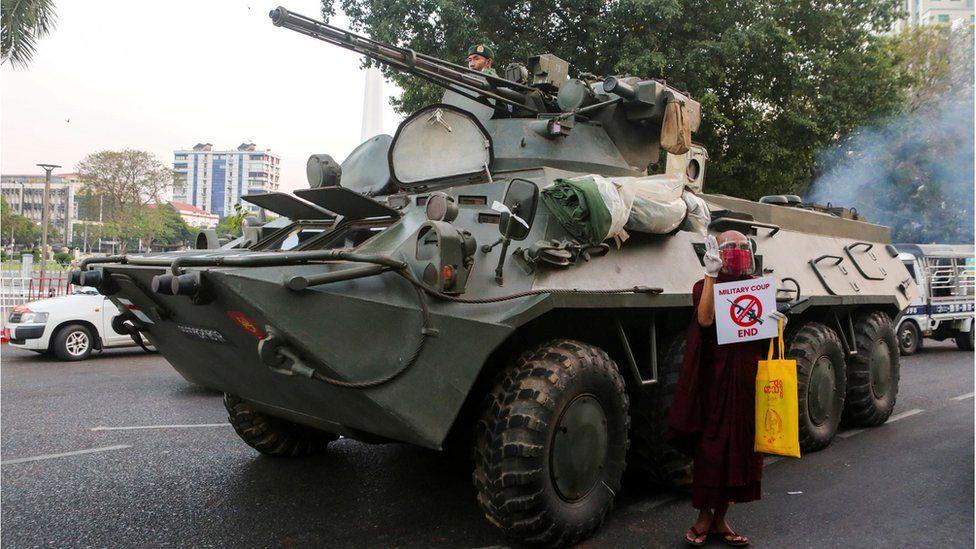 Myanmar Darbe Başladı