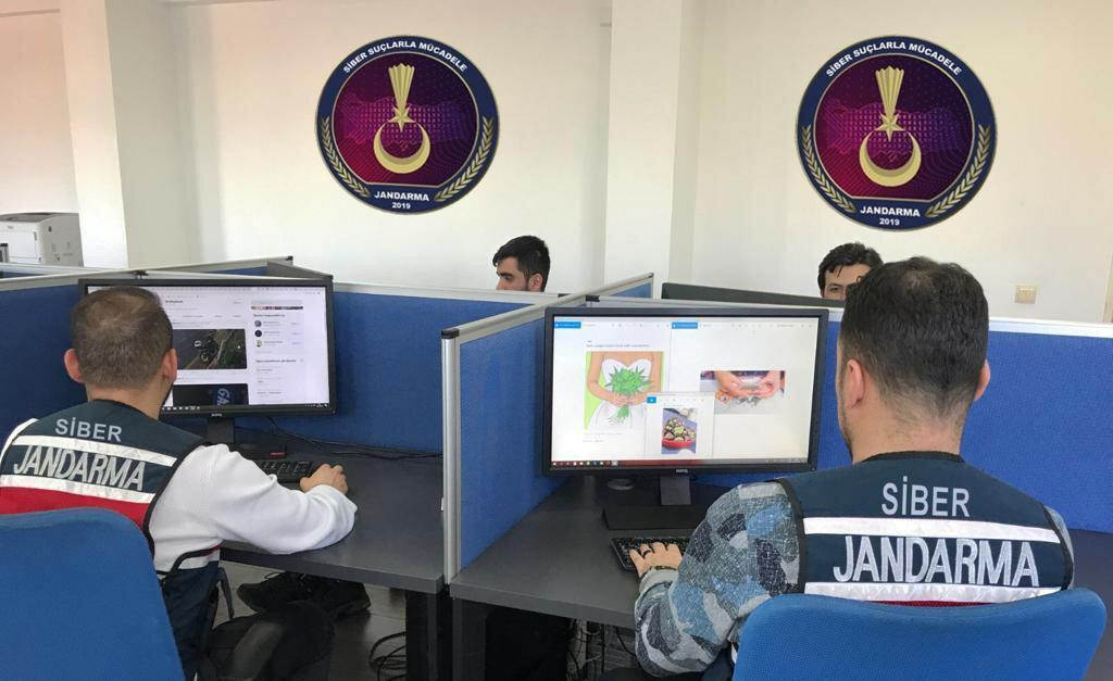 Jandarma Siber Suçlarla Mücadele Operasyon Düzenledi