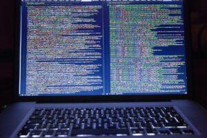 533 Milyon Facebook Kullanıcısının Bilgileri Hacker Forumunda Sızdırıldı !