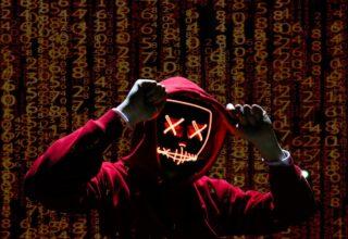 Rus Hacker Binlerce Mağazadan 38 Milyon Dolar Değerinde Hediye Kartı Satıyor