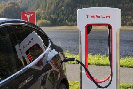 Tesla Model Y En Çok Satan Elektrikli Araba