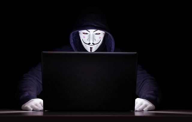 Obama ve Musk'ın Hesaplarını Hackleyen Twitter Hackerı Tutuklandı