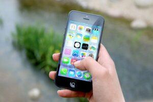 iPhone'da uygulamalar nasıl yönetilir?